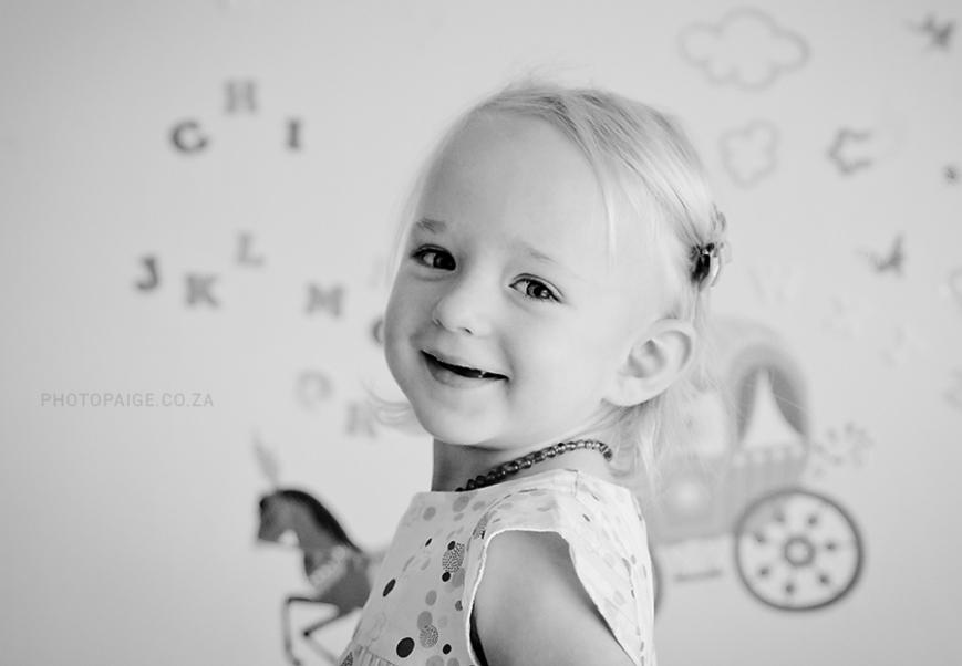Alessia-Emma-17 b&w