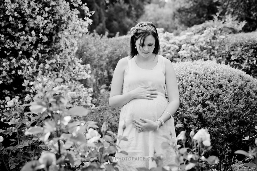 Veronica maternity-23 b&w
